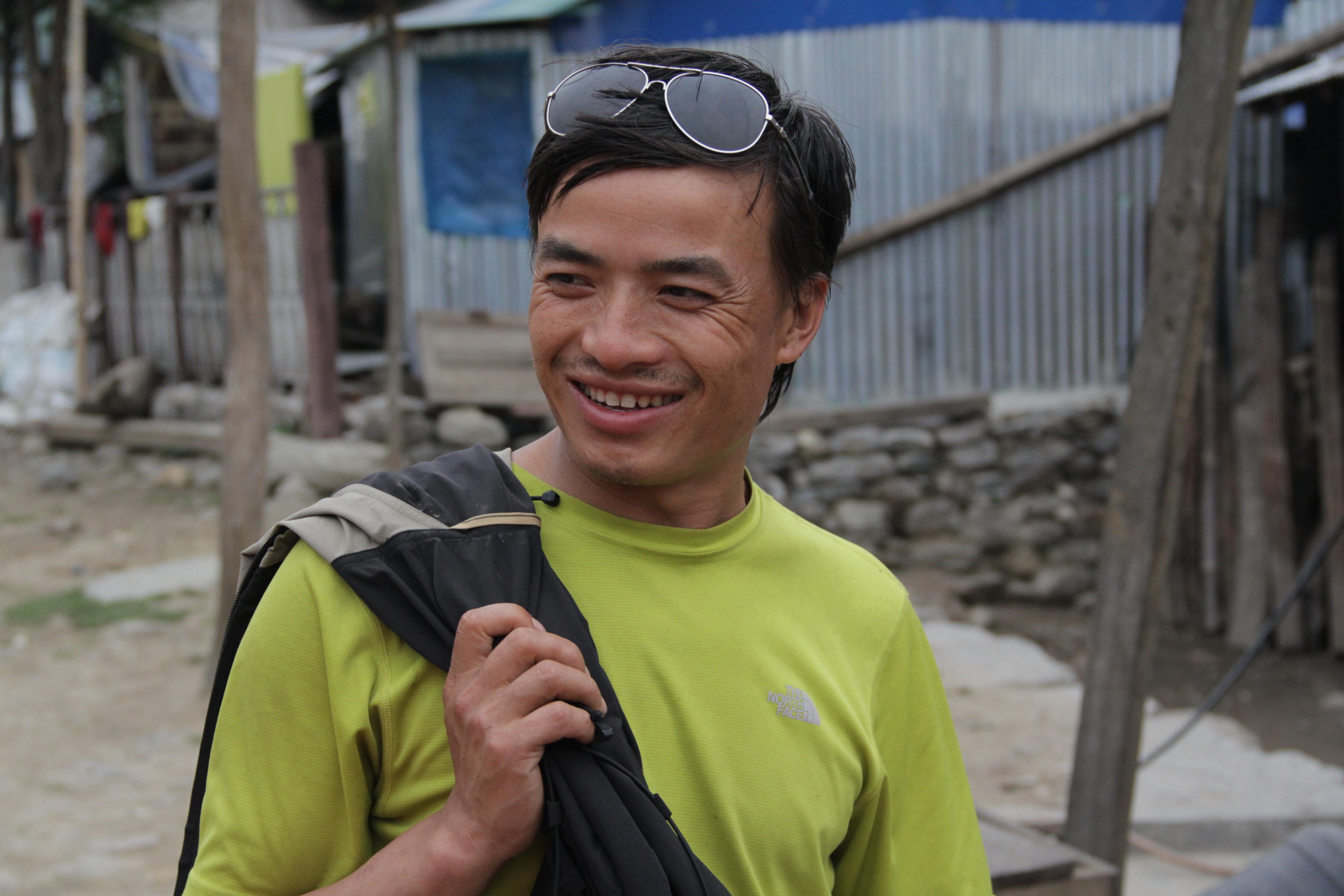 Tulé, guide de montagne, est aussi un villageois engagé (© Jérôme Decoster).