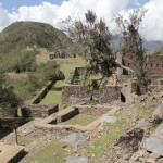 Autre vue sur les ruines du Choquequirao, un site destiné à devenir très touristique dans deux ans, un téléphérique étant en cours de construction (© Jérôme Decoster).